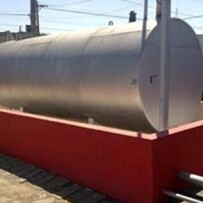 Baias de contenção simples para armazenagem de produtos químicos líquidos